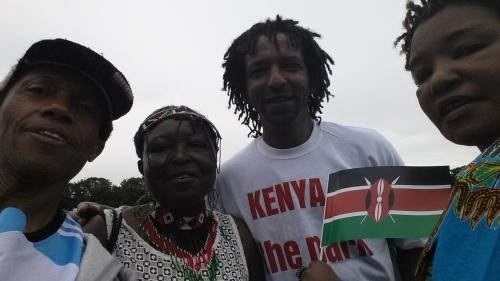 4-Wapambe wa Kenya na mwandishi F Macha